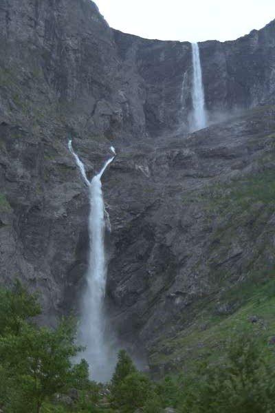300-Mardalsfossen1.jpg